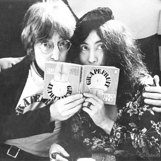John Lennon & Yoko Ono, Selfridges - Oxford Street London, 1971,  Gijsbert Hanekroot